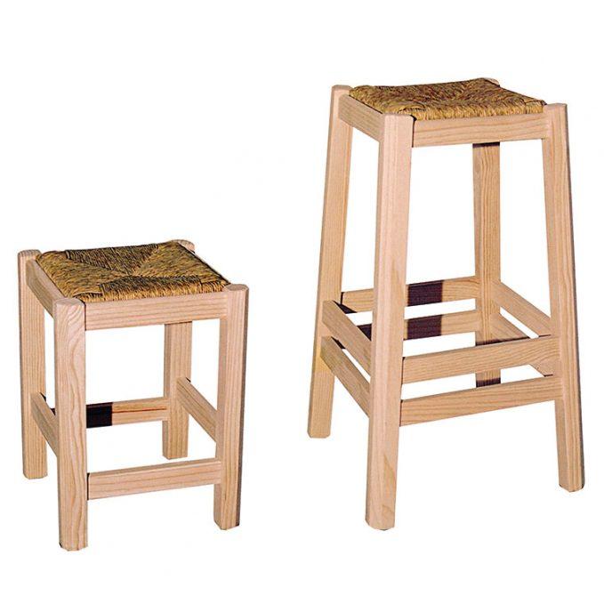 Taburete alto y bajo asiento enea madera pino crudo